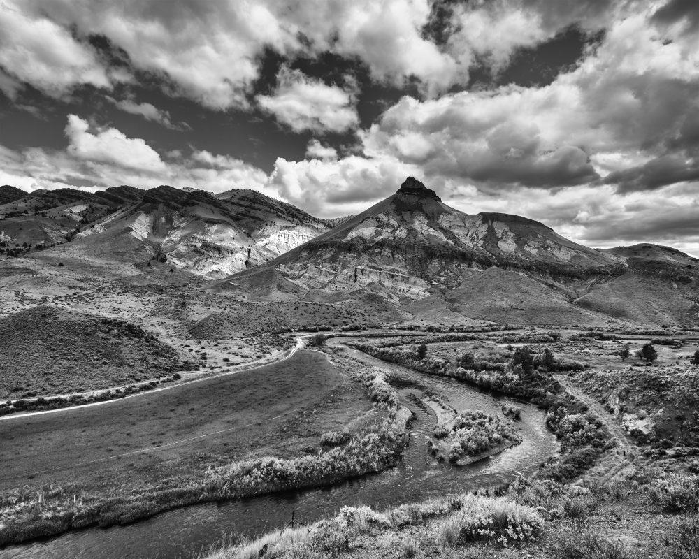 Sheep Rock & Clouds, Oregon 10328